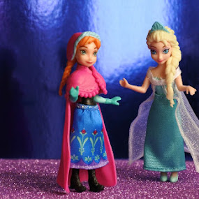 Blue Eyes by Arif Burhan - Artistic Objects Toys ( toys, frozen, disney )