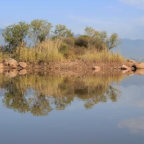 Rawal Lake, Islamabad. by Tahir Sultan - Landscapes Waterscapes ( #reflection, #islamabad, #waterscapes, #sky,  )