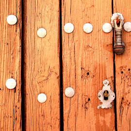 Door by Gil Reis - Buildings & Architecture Other Exteriors ( doors, places, old, buildings, travel )