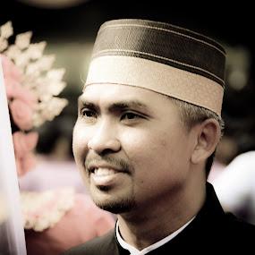 smile Of Bugis man by Matt da Greatz - People Portraits of Women ( melayu, bugis, malaysia, songkok, sabah )