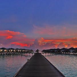 Fabulous Sunset in Maldives by Nikita Hengbok - Landscapes Sunsets & Sunrises ( holiday, indian ocean, sun island resort, vacation, sunset, ocean, resort, ari atoll, beach, paradise, ocean view, maldives, overwater, sun island )