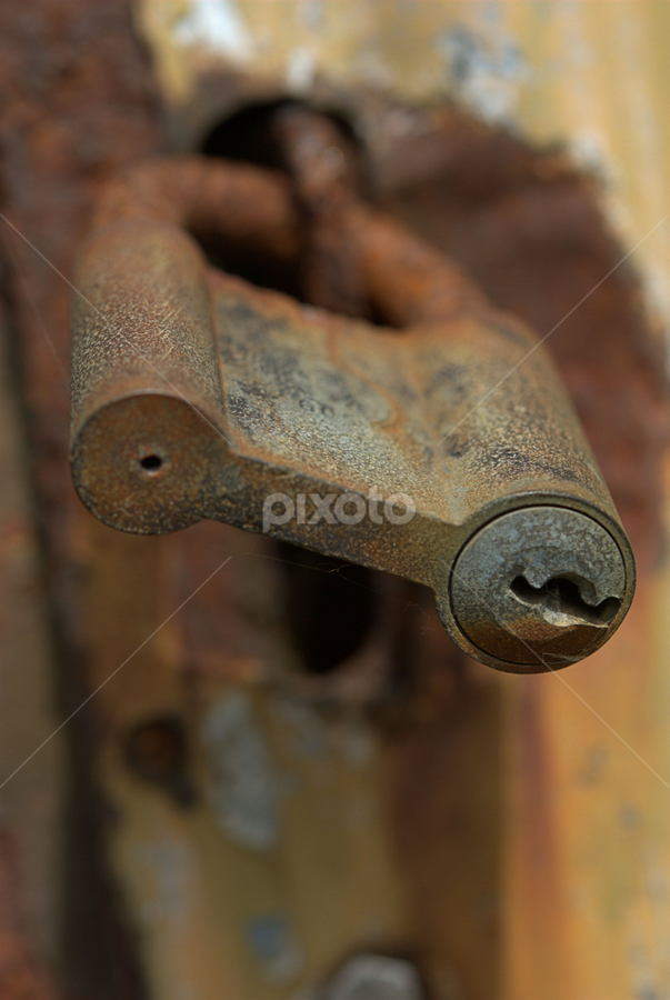 Old padlock by Dorte Stiboldt Truelsen - Products & Objects Technology Objects ( rust, old, rusty, lock, padlock )