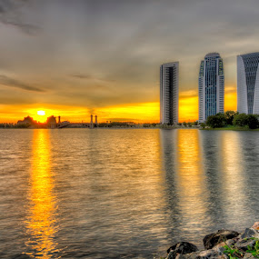 Sunset @ Putrajaya Main Dam by Zack Zaidi - Landscapes Sunsets & Sunrises ( waterscape, sunset, putrajaya, beautiful, malaysia, golder hour )