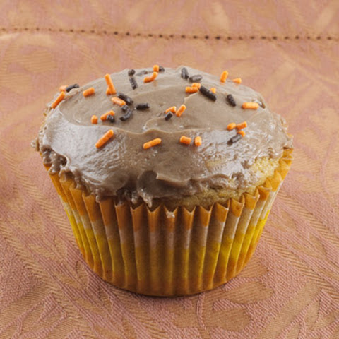 Pumpkin Cupcakes with Nutella Cream Cheese Frosting