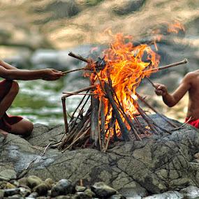 Hmm...burnt..? by Jaka Ferdiyanto - Babies & Children Children Candids