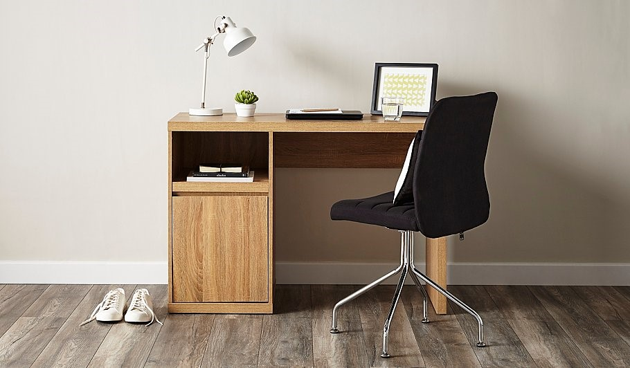 desk and office chair