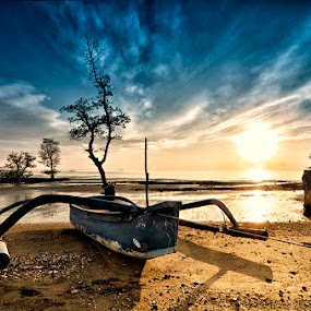 Banongan Beach by Dhiean Kukuh - Landscapes Waterscapes
