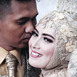 KISS by Lay Sulaiman - Wedding Bride & Groom ( love, kiss, couple, bride, groom, people, portrait )