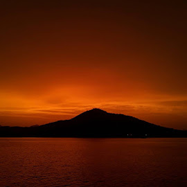 Fatehsagar a few days ago! The best sunset EVER! ❤ by ShübhÅm JÅïn - Instagram & Mobile Android