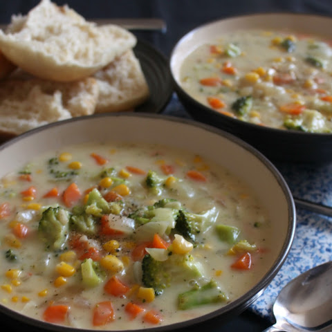 Veggie Pot Pie Soup