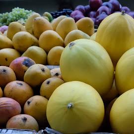 Fruits on a fruit stall by Samrat Sarkar - Food & Drink Fruits & Vegetables ( many, stall, colorful, fruits, vegetables,  )