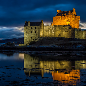 Eilean Donain by Sandra Cockayne - Buildings & Architecture Public & Historical ( scotland, night photo, building, donain, night photography, scottish castle, eilean donain at night, sandra cockayne, eilean donain, sandi cockayne, castle, dusk,  )