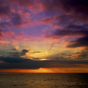 feel the color :D by Rendy Massie - Landscapes Cloud Formations ( hdr, sunset, cloud, landscape )