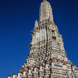Wat Arun Spire by Vinod Kalathil - Buildings & Architecture Public & Historical ( bangkok, temple, wat arun, thailand, architecture )