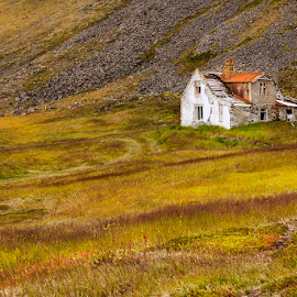 Colorful Surrounding  by Þorsteinn H. Ingibergsson - Buildings & Architecture Decaying & Abandoned ( iceland, nature, grass, structor, old building, landscape, abandoned )