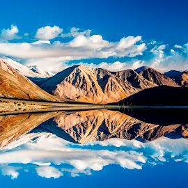 Pangong with reflection by Biman Sarkar - Landscapes Mountains & Hills ( water, leh, blue, pangong, ladakh,  )
