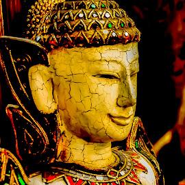 Arts and handicrafts. by Jamaluddin Abdul Jalil - Artistic Objects Still Life ( replicas, jj maarket, chatuchak, land of smile, still life, flea market, thailand, tourism, bargain, bangkok, lifestyle, handicrafts, artistic objects, antiques )
