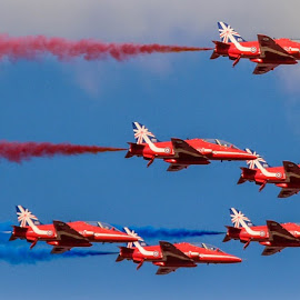 9 Arrows by Simon O'Neill - Transportation Airplanes ( red arrows, sky, red, airplanes, jets, planes, airshow )