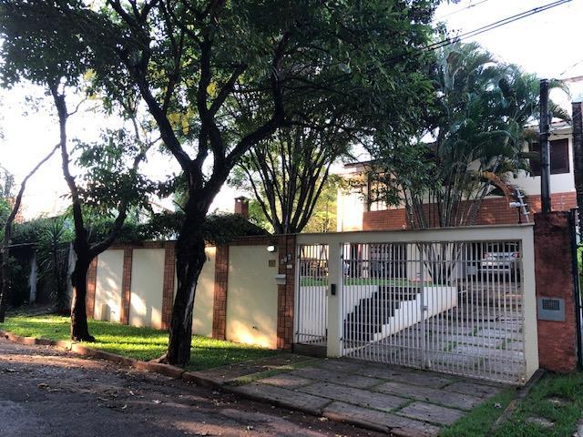 Excelente Casa com 3 suítes na Cidade Universitária