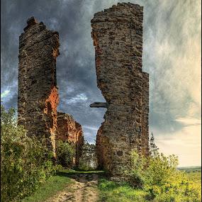 Stará vypálená kaple by Jana Vondráčková - Landscapes Travel