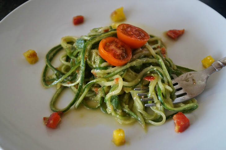 Cucumber Noodles With Avocado Pepper Sauce [Vegan, Raw, Gluten-Free ...