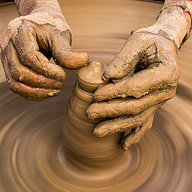 The Toiling Hands by Rakesh Syal - People Body Parts