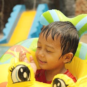 swiming pool by Bhako N Bhako - Babies & Children Children Candids