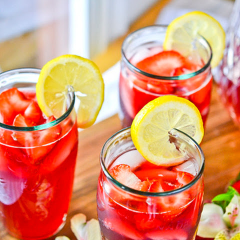 Strawberry Hibiscus-Tea Lemonade