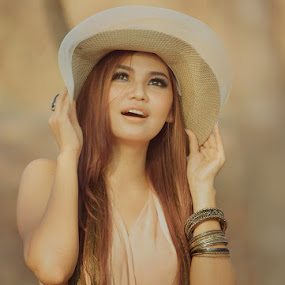 by Achmad Syamsu Hidayat - People Portraits of Women ( fashion, girl, people, portrait )