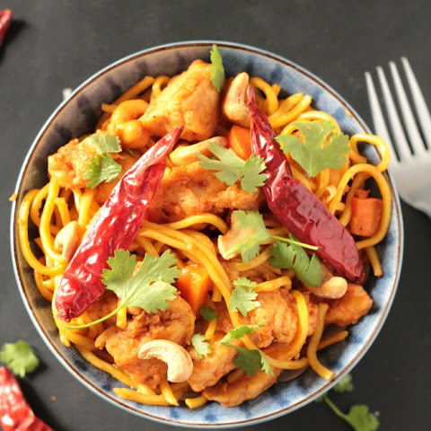 Spicy Chicken Cashew Noodles