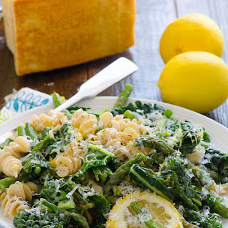 Clean Eating Lemony Kale and Asparagus Pasta