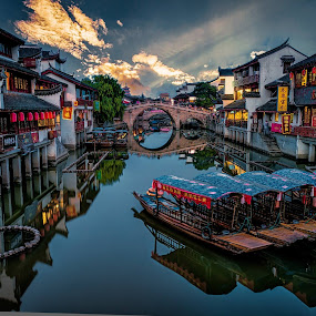 zhuziaziao water town by Daniel Widjaja - City,  Street & Park  Vistas ( night, lights )