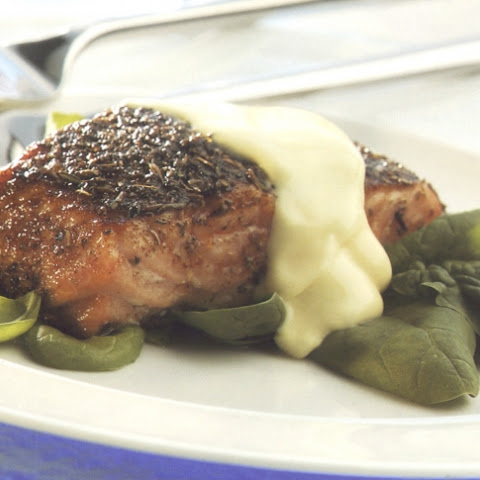 Seared Salmon With Quick Hollandaise Sauce