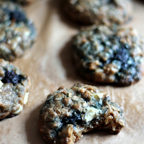 White Chocolate Blueberry Coconut Oatmeal Cookies {made with coconut oil}