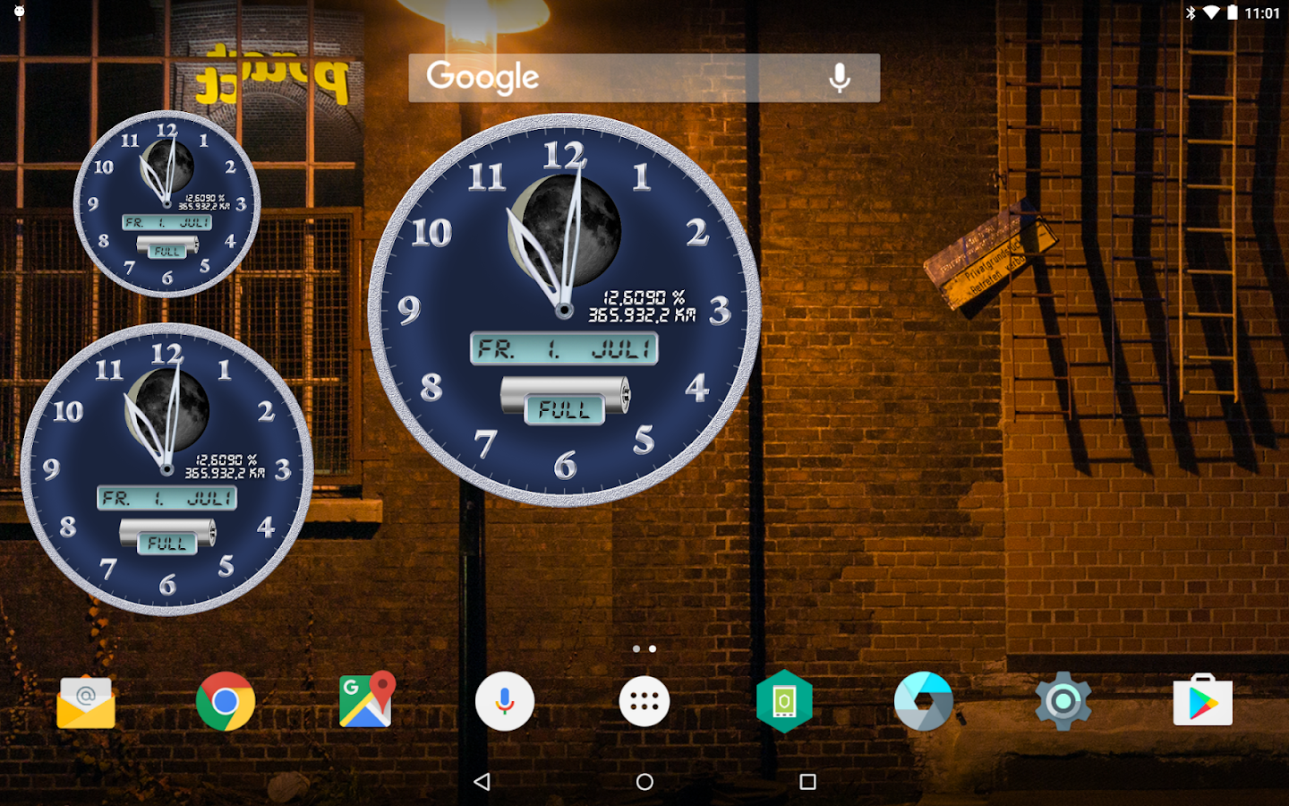 Analog Clock: ChronoLuna Screenshot 0
