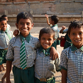 happy kids by Mike Mulligan - Babies & Children Children Candids ( happy, india, kids, historic )
