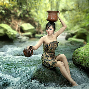 Pour Water by I Gede Lila Kantiana - People Portraits of Women ( bali )