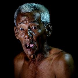 Grandpa by Tamlikho Tam - People Portraits of Men