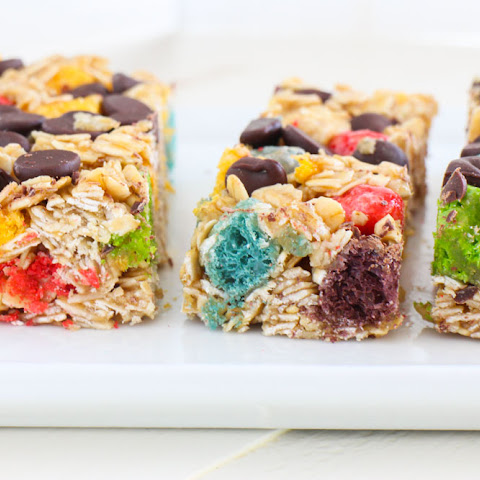Rainbow Crunch Chocolate Chip Granola Bars