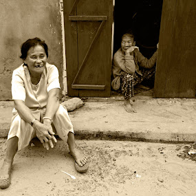 by Tuan Le Minh Anh - People Street & Candids ( pwchappiness )