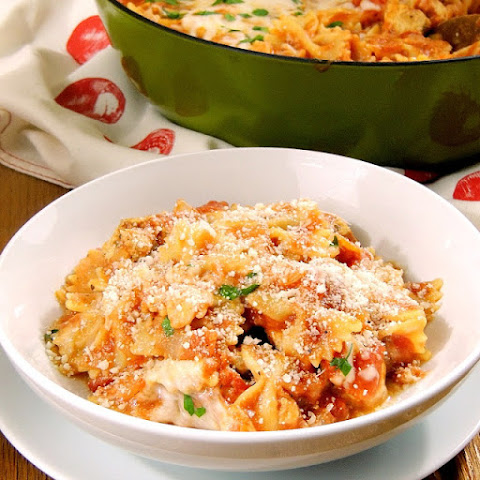 One Pot Cheesy Italian Chicken and Pasta
