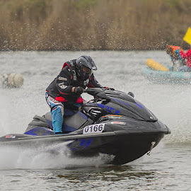 Ice Block 0166 by Jatie Van Der Walt - Sports & Fitness Watersports ( boating, boat races, jatie van der walt photography, gauteng photographer, south africa, vaal triangle, vanderbijpark, jatie van der walt, boat, ice blok, photography )