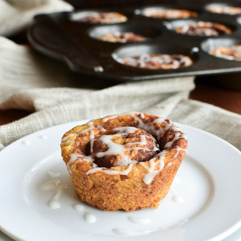 Muffin Tin Cinnamon Buns with Vanilla Ripple Schnapps Icing 24 cinnamon buns