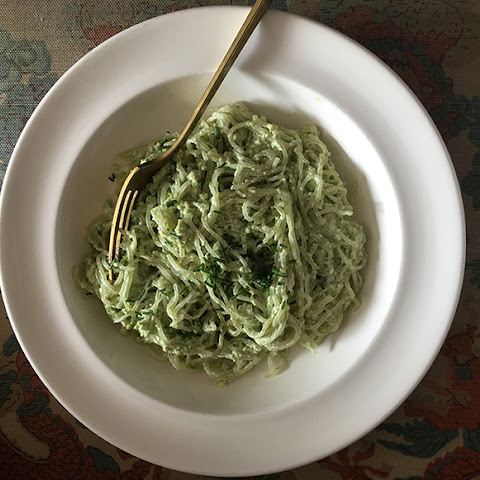 Creamy Kelp Noodles With Matcha + Cashew Cream