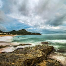 Estaleiro Beach LE by Rqserra Henrique - Landscapes Beaches ( clouds, brazil, waves, rqserra, beach, rocks, longexposure )
