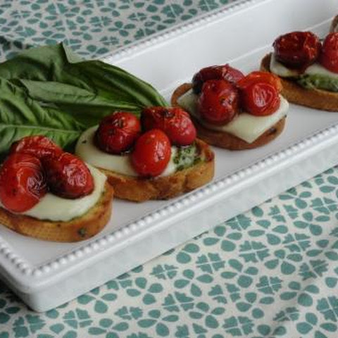 Bruschetta With Pesto And Mozzarella Recipes | Yummly