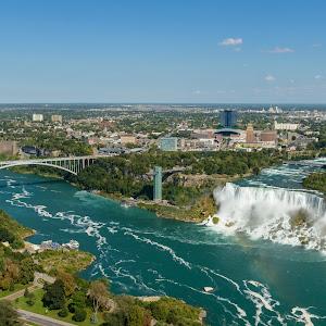 Niagara Falls and the bridge, the view from the Skylon Tower platforms.jpg