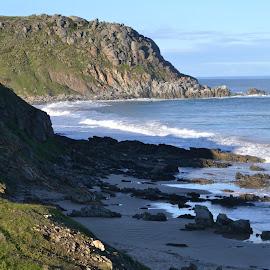 the Fluireu Coast by Sue Norton - Novices Only Landscapes