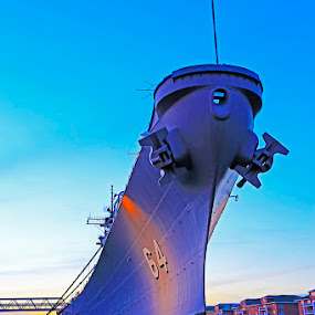 USS Wisconsin (BB-64) in twilight by Shixing Wen - Transportation Boats ( uss wisconsin (bb-64), twilight, norfolk, twilight photography, virginia, battleship )