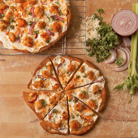 Healthy Buffalo Chicken Pizza